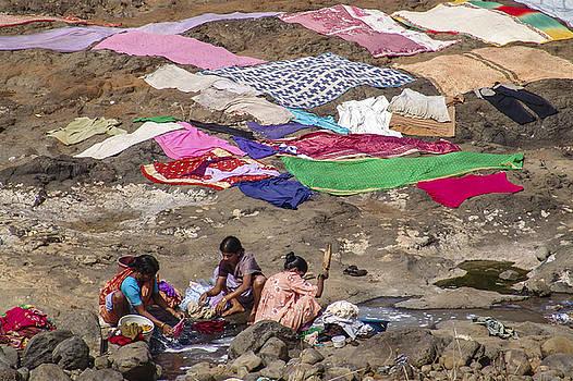 Laundry by Hitendra SINKAR