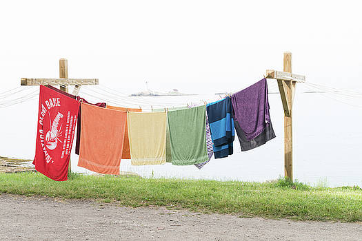 Laundry time at Star island by Ken Kartes
