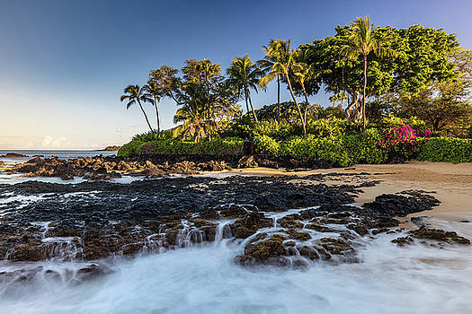 Lava Falls of Pa'ako Cove by Pierre Leclerc Photography