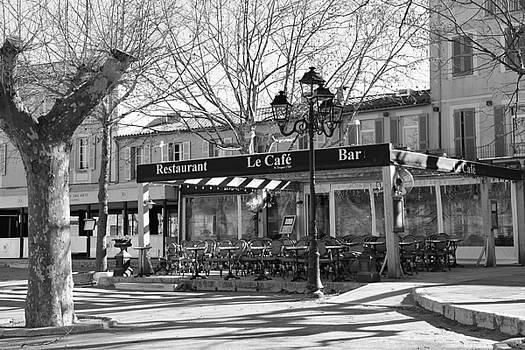 Le Cafe Saint - Tropez by Tom Vandenhende