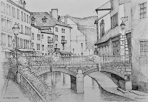 Le Thiou river in old Annecy France by Dai Wynn