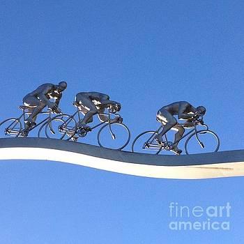 Le Tour Bleu  by France Art