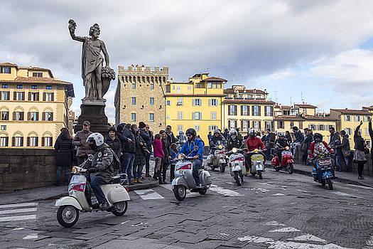 Vespe di Firenze by Sonny Marcyan