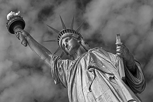 Leaning Liberty by Miroslav Vrzala