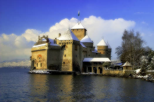 LeChateau De Chillon by Fernando Margolles