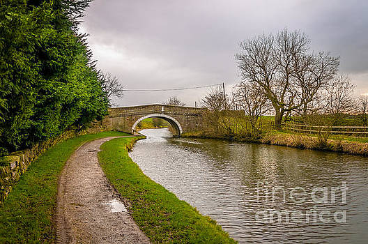 Mariusz Talarek - Leeds and Liverpool canal in Gargrave