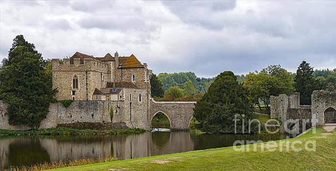 Sophie McAulay - Leeds Castle England