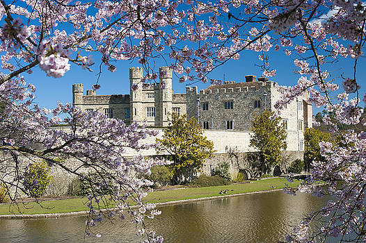 Leeds Castle Kent by Donald Davis