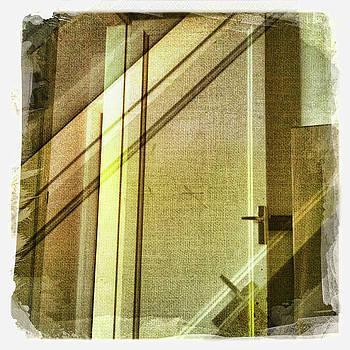 Les Portes 1 by Marc Diez