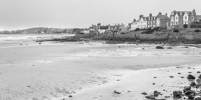 Jeremy Lavender Photography - Leven Beach in Fife, Scotland