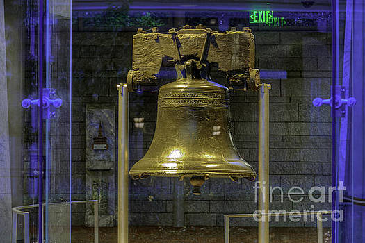 David Zanzinger - Liberty Bell iconic symbol