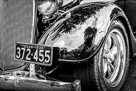 License to thrill by Geoff Mckay
