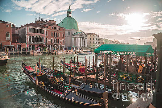 Life of Venice - Italy by Jeffrey Worthington