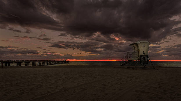 Rick Strobaugh - Lifeguard Tower at Sunrise