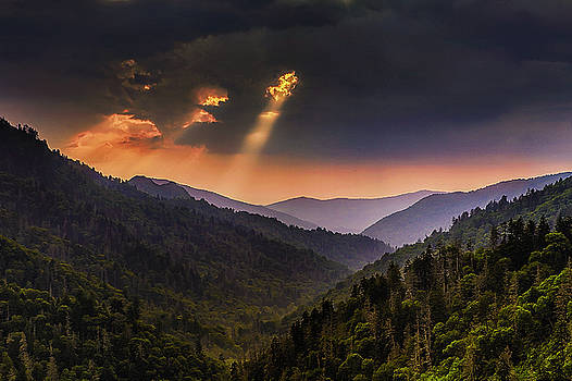 Light Shafts in the Smokies by Andrew Soundarajan
