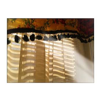 #light #sunlight #window #iphoneography by Judy Green