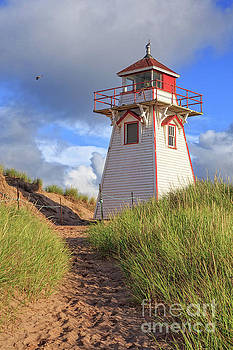 Edward Fielding - Lighthouse Among the Dunes