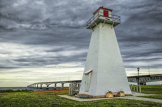 Randall Nyhof - Lighthouse by the Confederation Bridge on PEI