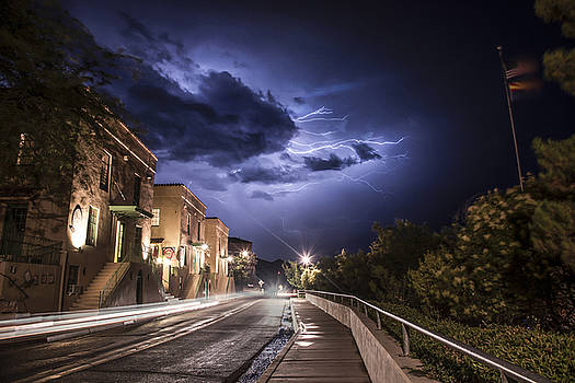 Lightning over the UVX by Michael  McClellan