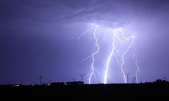 Lightning Strike 2 by Steve  Yezek