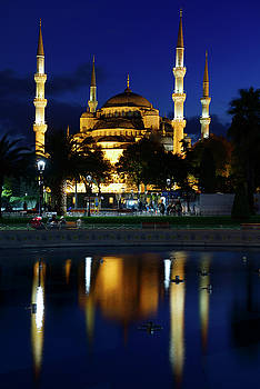 Reimar Gaertner - lights on Blue Mosque at dusk with reflections in fountain Istan