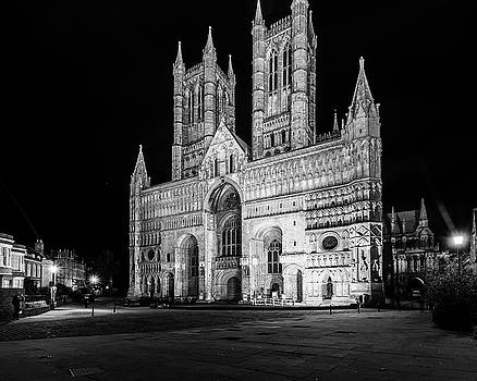 Jacek Wojnarowski - Lincoln Cathedral West Facade by night