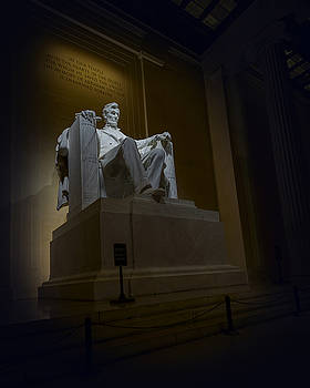 Lincoln Memorial at night in Washington DC by Art Whitton