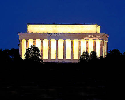 Lincoln Memorial  by Christopher Kerby