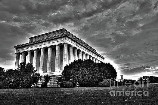 Lincoln Memorial in Washington DC by ELITE IMAGE photography By Chad McDermott