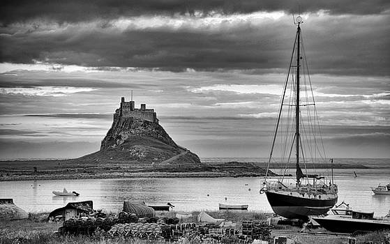 Lindisfarne by Archaeo Images