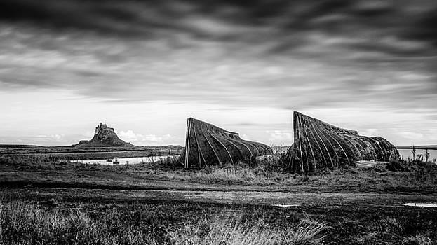 Lindisfarne island - Holy Island by Kelvin Trundle