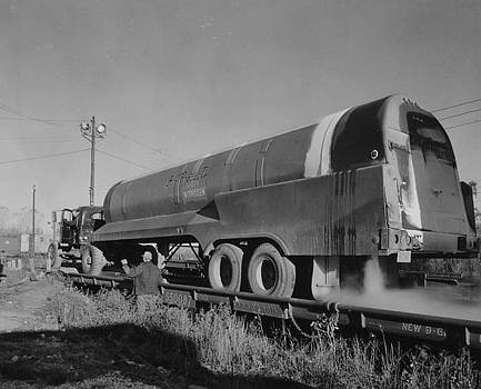 Chicago and North Western Historical Society - Liquid Hydrogen Trailer Test Conducted in Proviso