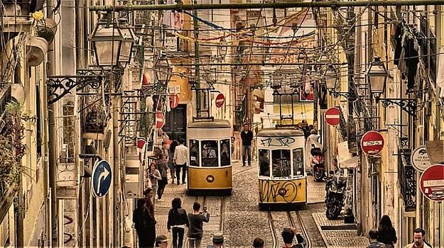 Lisboa by Sorin Ghencea