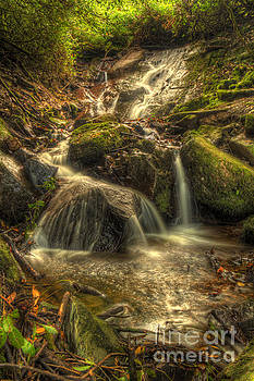 Marc Daly - Lismore Towers waterfall 2