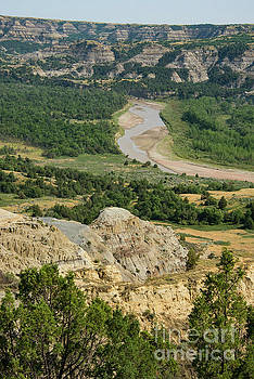 Bob Phillips - Little Missouri River Badlands Three
