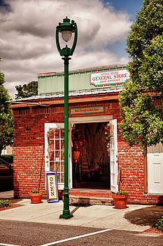 Little River General Store by Frank Feliciano