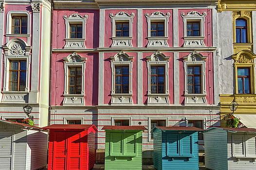 Elenarts - Elena Duvernay photo - Little wooden houses in Varazdin, Croatia