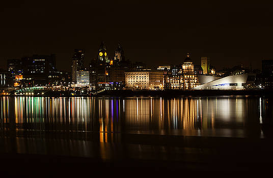 Liverpool Waterfront by David Chennell