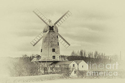 Llancayo Mill, Usk Antique by Steve Purnell