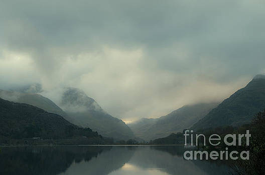 Llyn Padarn North Wales by Amanda Elwell