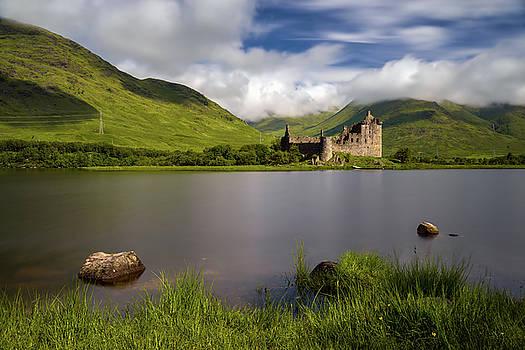 Loch Awe stones by Swen Stroop