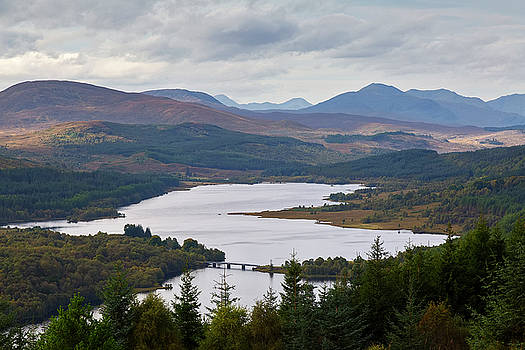 Loch Garry from Glengarry Viewpoint by Derek Beattie