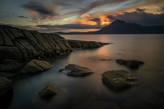 Loch Scavaig coastline by Swen Stroop