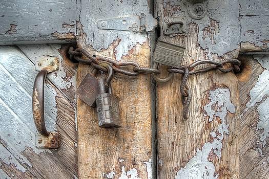 Lock Chain Rust Door Handle Barn Rustic by Jane Linders