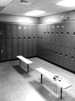 Locker Room by WaLdEmAr BoRrErO