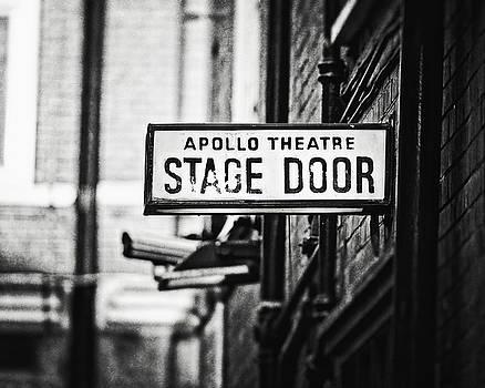 Lisa Russo - London Apollo Theatre in Black and White