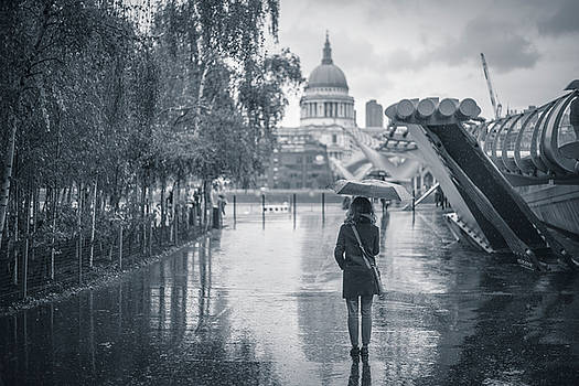 London black and white by Stefano Termanini