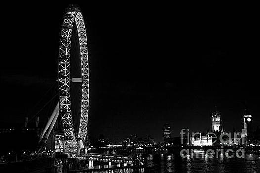 London England Eye on the Thames by ELITE IMAGE photography By Chad McDermott