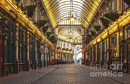 London Leadenhall market by Deyan Georgiev