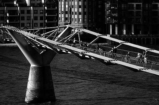 London Millennium Footbridge by Dutourdumonde Photography